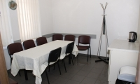 Poilsio kambarys, Lakrima UAB