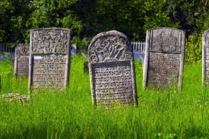 Karaimu laidotuviu paprociai