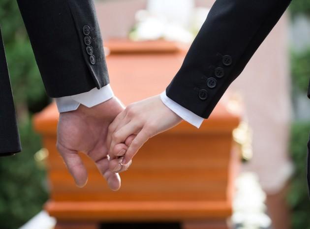 laidotuviu etiketas